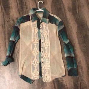 Boho styled flannel shirt 💜💙💚